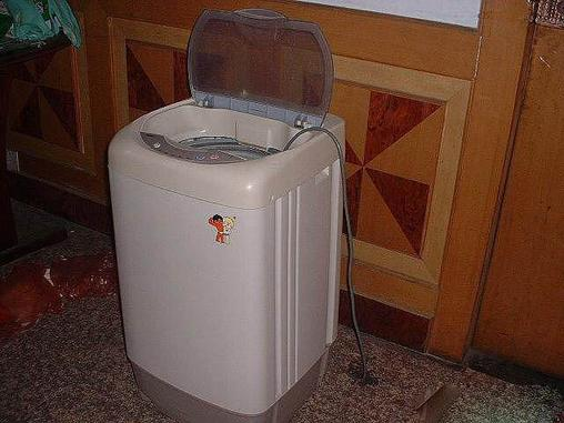 出让海尔小小神童洗衣机